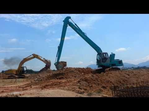 KOBELCO SK200-6 Working in site part 1