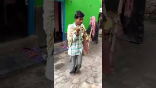 Indian Justin Bieber 😂😂  | Funny indian begger dancing for money | funny dance |