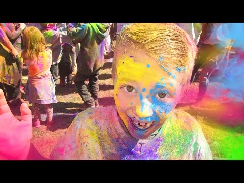Holi Festival of Colors -- COOLEST, MESSIEST, MOST COLORFUL DAY EVER