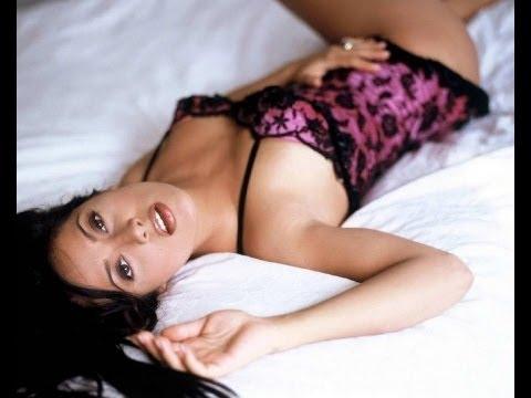 Will Sunny Leone overpower Salma Hayek