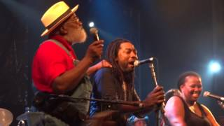 Download Lagu Stand By Me - Playing For Change - Opiniao - Porto Alegre Gratis STAFABAND