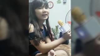 Bé gái 14t hát bài nỗi buồn mẹ tôi ( micro karaoke q7 )