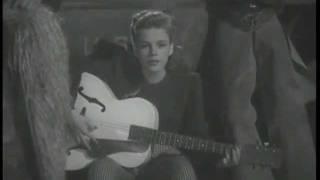 Watch Judy Garland Bidin