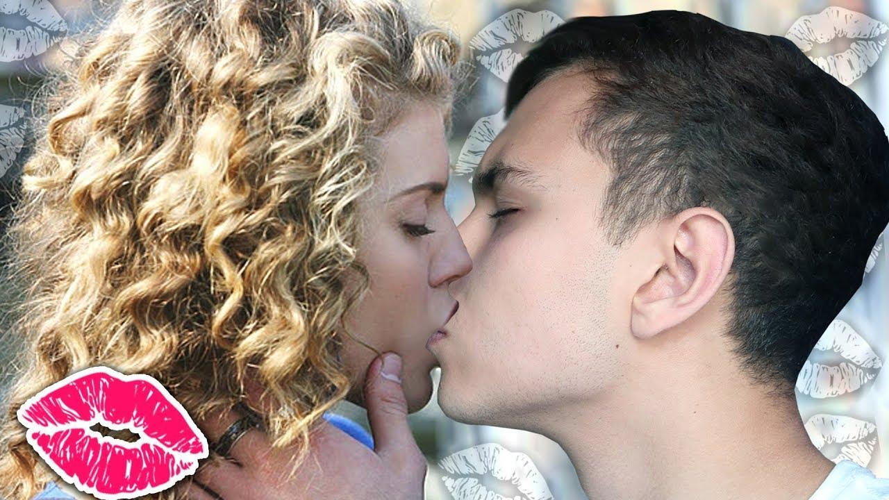 Как сделать так чтобы парень поцеловал первым
