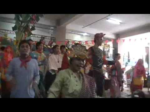 Dancing The Pakiring (dayang Dayang) video