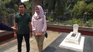 Ziarah ke Makam Ade Irma Suryani