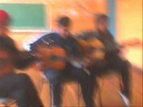 Tocando  En El Colegio Deportivo Harry , Packo Ft.fifty video