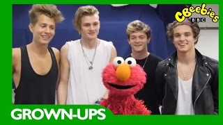 CBeebies: Elmo and The Vamps - The Furchester Hotel
