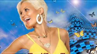 Watch Tami Chynn What Do I Do Now video