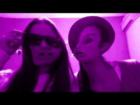 Ivana y Alicia - LMFAO - Sexy and I Know It