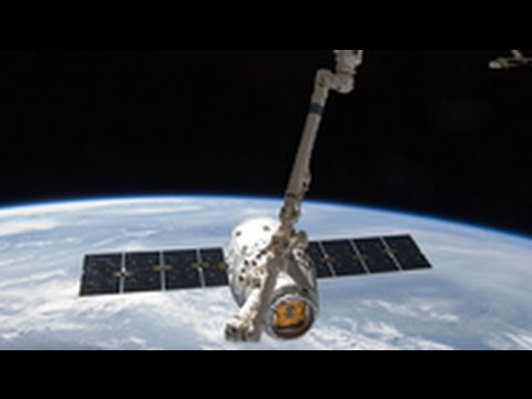 SpaceX Rocket Launch: First Commercial Supply Mission to International Space Station