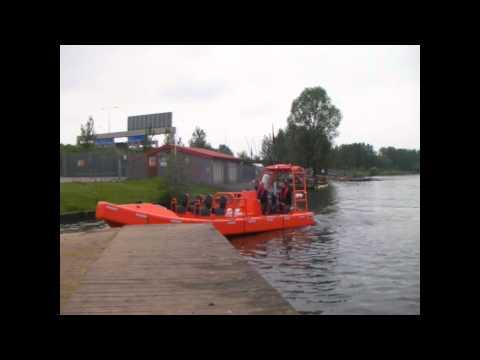 DELTA 800SX Waterjet Handling