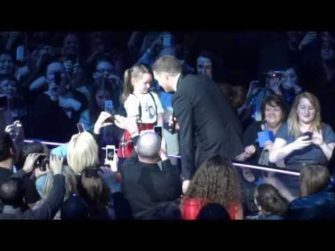 Michael Buble - Get Lucky & Who's Loving You - Manchester Arena - 2 March 2014