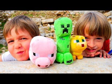 Minecraft игра в реальном мире! Арсений и Адриан играют в Майнкрафт в развалинах