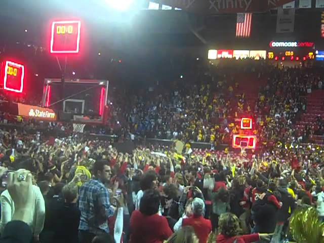 Maryland fans storm the floor