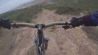 FIRST RIDE Yt Capra cf pro race with crash Montenbaik enduro Pe1