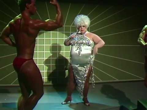 Divine - You Think You're A Man (Flashlights 08.08.1984) [HQ]