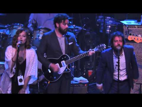 Danny Masterson, Adam Busch & Bijou Phillips - Second Hand News at Fleetwood Mac Fest