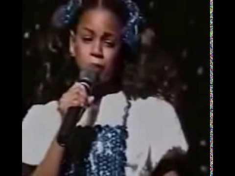 Beyoncé Knowles chantait