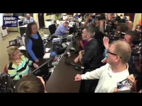Kentucky Clerk Kim Davis Denies Same-Sex Marriage Lincense | ABC News