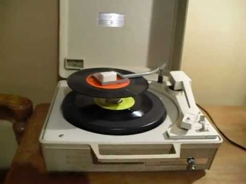 Vintage Portable General Electric Record Player