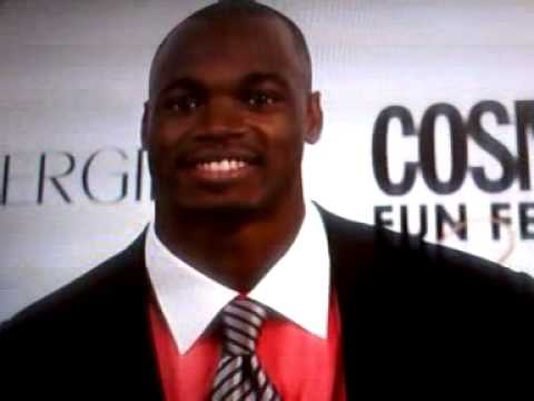 *NEW*  ADRIAN PETERSON'S SEAFOOD ALLERGY SENT TO E.R