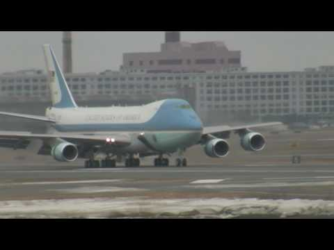 Air Force One 747 and President Obama landing in Boston