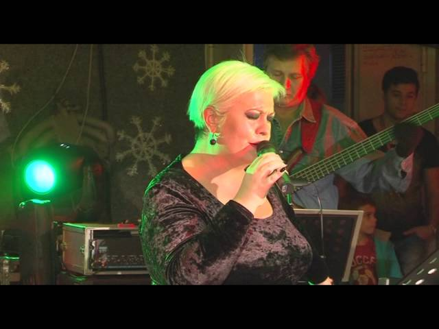 Monica Anghel - The Greatest Love of All (LIVE in Garajul Europa FM)