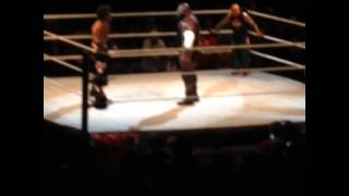 Mark Henry Does a Split