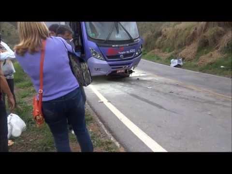 Acidente de moto na estrada de S�o Louren�o a Pouso Alto