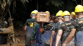 Thailand cave rescue: Former Thai navy diver dies in operation