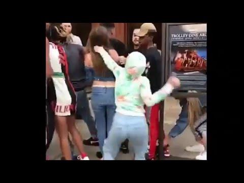 Danielle bregoli Fights Woahh Vicky!!!! thumbnail