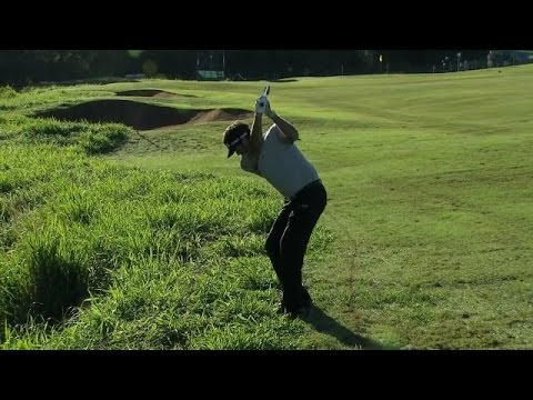 Bubba Watson makes the best from a difficult lie at Hyundai