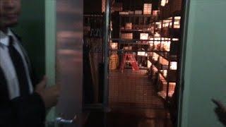 TDW 1626 - Secret Room Entry At Universal Studios