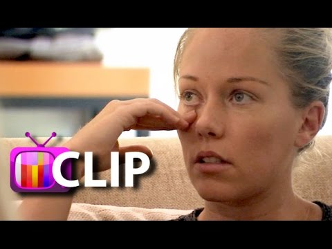 Kendra Wilkinson's Mom Begs Her To Leave Hank Baskett