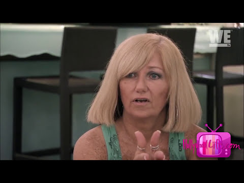 Kendra Wilkinson's Mom Begs Her To Leave Hank Baskett