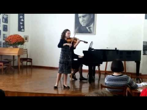 Комарова Виктория - Берио, Вариации d-moll. 26.10.2013