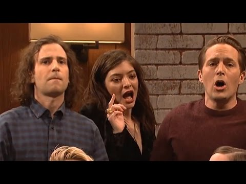 Lorde begins to sing but is interrupted by the SNL casts!