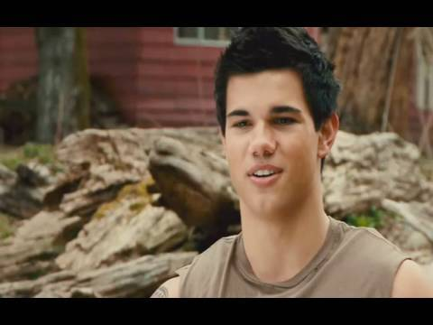 Official New Moon Trailer 2: Meet Jacob Black