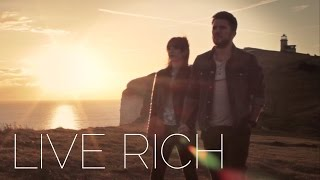 [After the viral Look Up, Gary Turk is back with Live Rich] Video