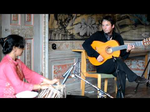 Suranjana Ghosh and Erik Steen in a short tabla&guitar improvisation