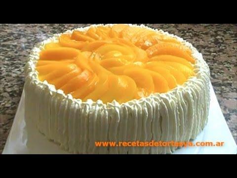 Torta de Vainilla con Manteca y Leche decorada con Crema y Duraznos - Recetas de Tortas YA!