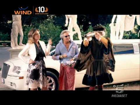 Spot Wind Noi Tutti con Giorgio Panariello e Vanessa Incontrada : Il Navigatore