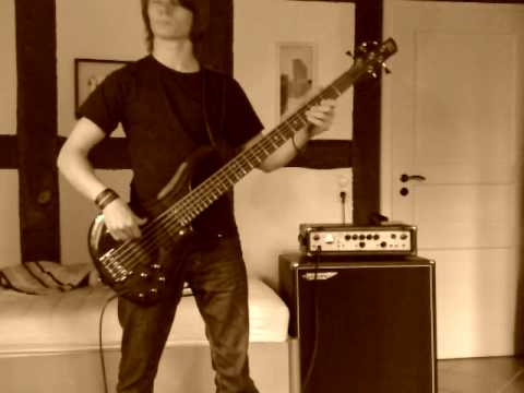 For Whom The Bell Tolls - Metallica (Bass Cover)