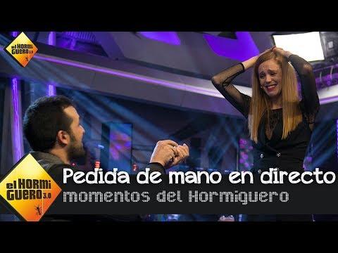 El novio de María Castro le pide matrimonio por sorpresa en directo -  El Hormiguero 3.0