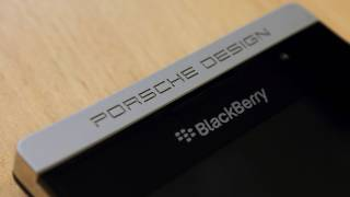 Blackberry Porsche Design P'9881 Unboxing