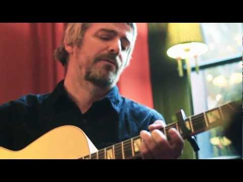 I Am Kloot // Shoeless (acoustic)