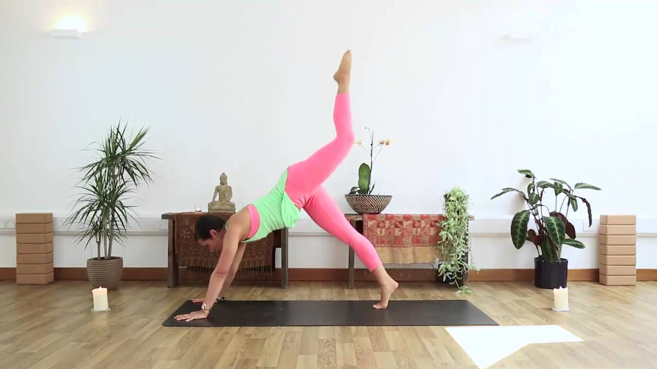 5-Day Evening Yoga Challenge: Thursday Thrive Preview