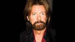 Watch Ronnie Dunn I Dont Dance video