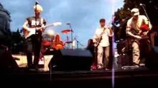 Watch Black 47 Different Drummer video